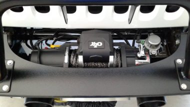 Smittybilt X2O-10 Comp Gen2 Winch with Synthetic Line in Jeep